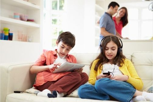 Poklon za sve učenike – besplatna zaštita za kućne računare